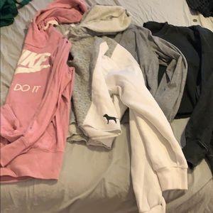 2 hoodies 2 long sleeves